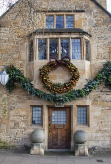 Johnathan West shoots Cotswolds scenes for Christmas 2019